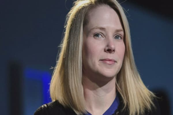 Yahoo's Mayer to get $55M if she leaves