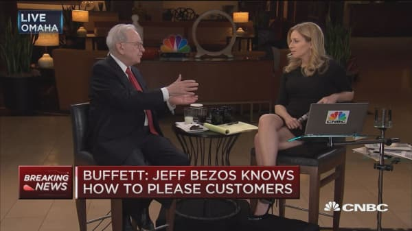 Jeff Bezos has 'changed the world' in a big way: Buffett