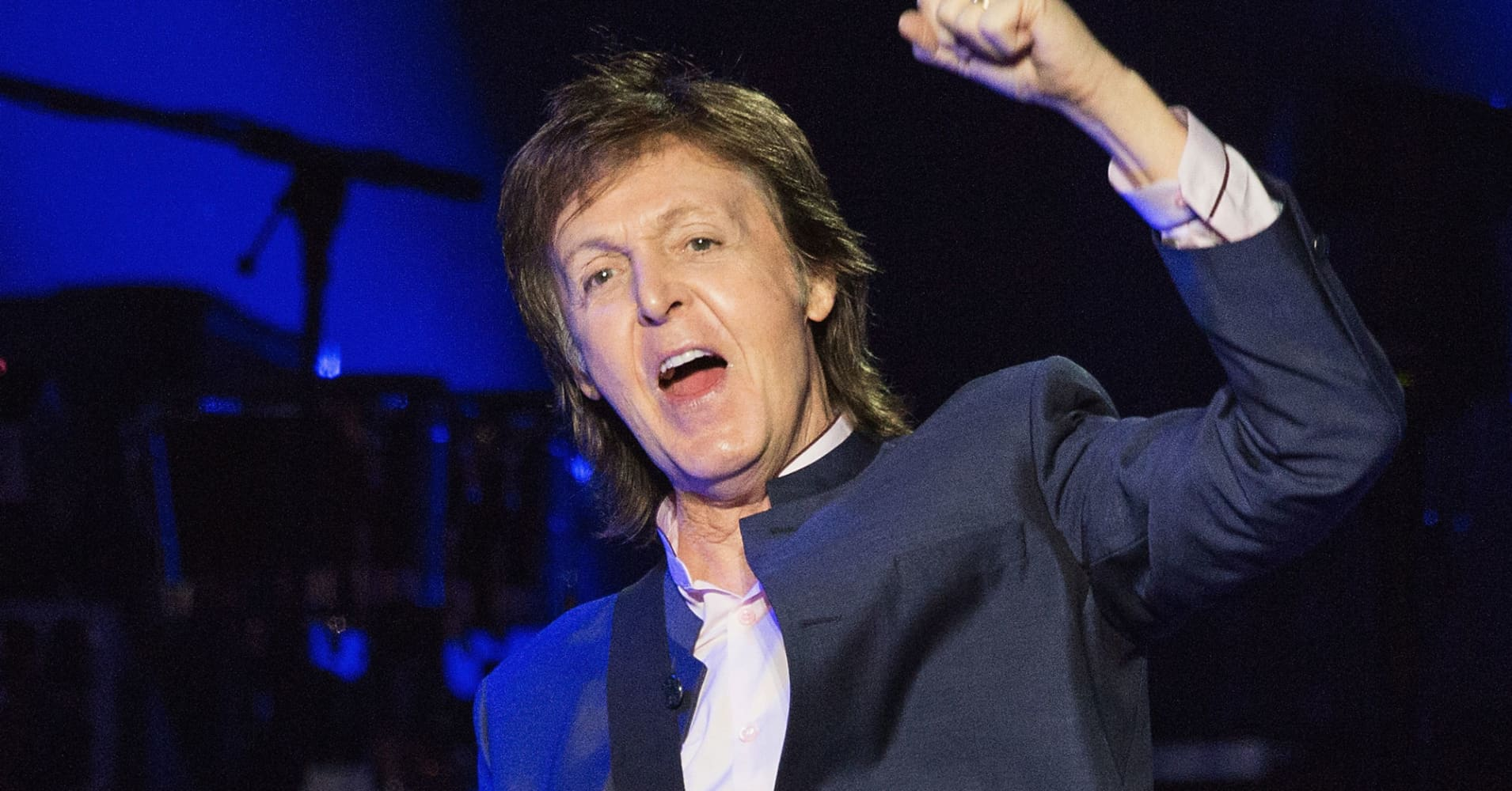 an analysis of an intimate diary of paul mccartneys life Paul mccartney and wings although it became the first wings album since wild life not to reach number 1 in the us an intimate live music venue in upland.