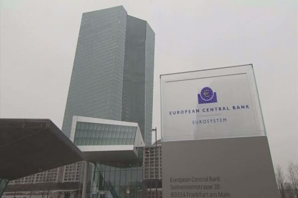 ECB getting rid of the 500-euro bill criminals love