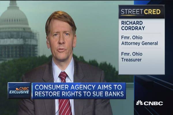 Consumer agency aims to restore rights to sue banks