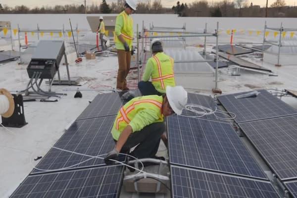 SolarCity shares tanking