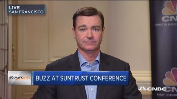 SunTrust still likes Twitter