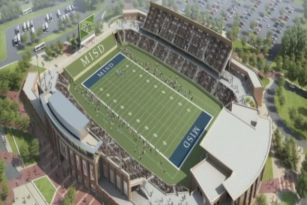 Texas high school board approves $62.8M football stadium
