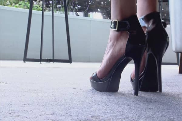 PWC receptionist told to wear heels, not flats