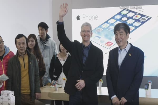Tim Cook ready to woo China