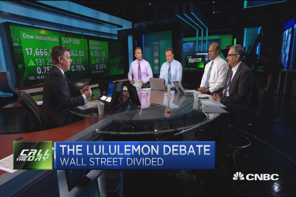Wall Street divided on Lululemon trade