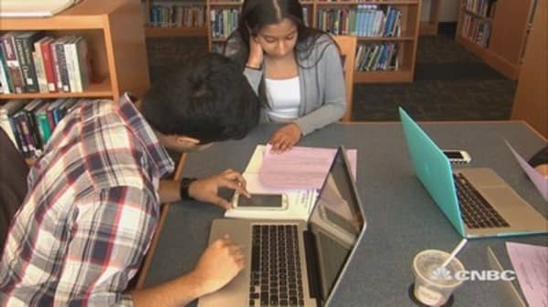 Online degrees save money, boost careers