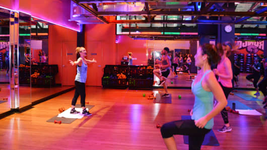 A fitness class at Crunch gym in New York.