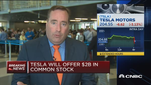 Tesla announces secondary stock offering
