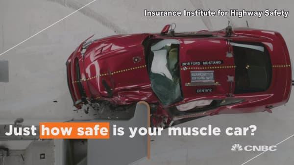 Do muscle cars pass crash test?