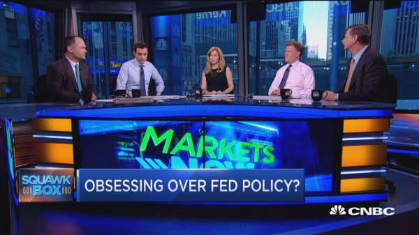 Stocks rally despite soft spots
