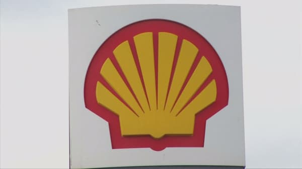 Shell ramping up job cuts