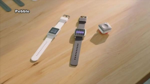 Pebble hits $1M crowdfunding goal soon after releasing gadgets