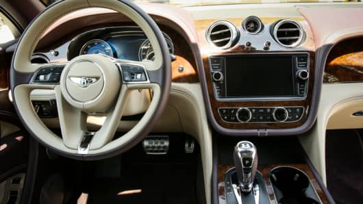Interior view of the 2017 Bentley Bentayga SUV