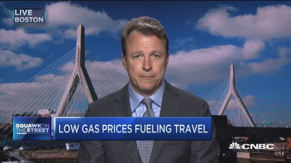 Low gas prices fueling travel