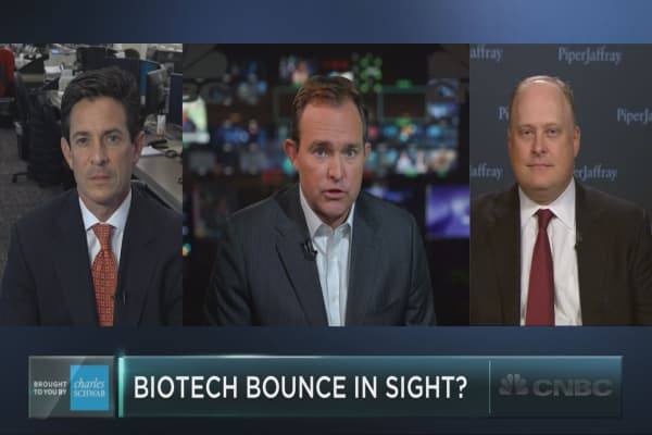 Here's the sign that biotech stocks could bounce