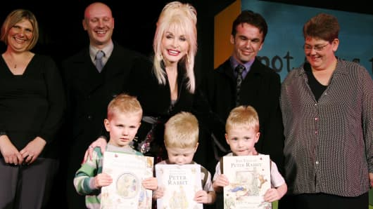Dolly Parton with guests at the press launch for Dolly's Imagination Library in 2007.