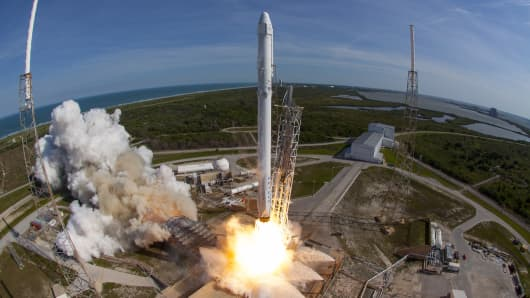 SpaceXs Falcon 9 rocket and Dragon spacecraft lift off from Launch Complex 40 at the Cape Canaveral Air Force Station for their eighth official Commercial Resupply (CRS) mission on April 8, 2016 in Cape Canaveral, Florida.