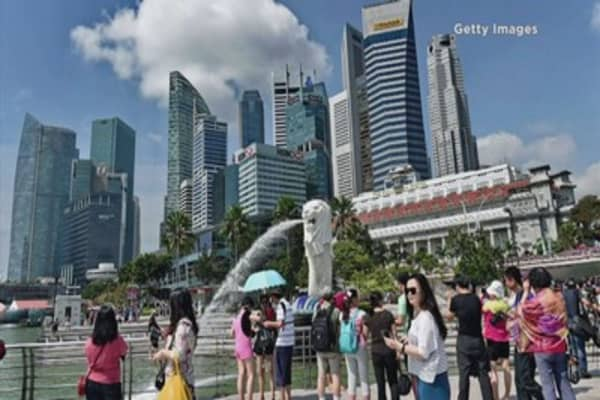 Singapore rents falling despite more foreign workers
