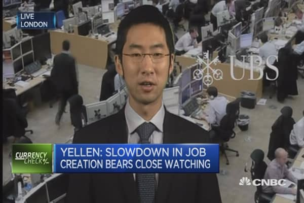 Yellen downplays surprise May jobs report