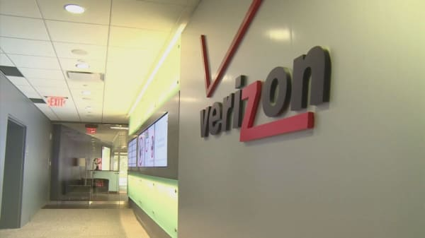 Verizon to bid $3B for Yahoo's core business in second-round offer
