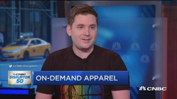 Teespring takes on retail