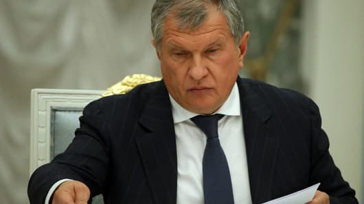 Rosneft oil company CEO Igor Sechin attends a meeting of the Commission for the Strategic Development of the Fuel and Energy Sector October 27, 2015 at the Kremlin in Moscow, Russia.