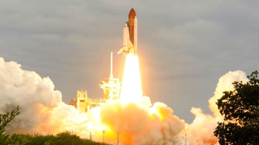 Space Shuttle launch going up