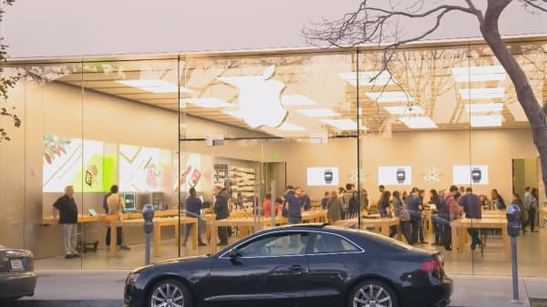 Apple may unveil revenue-sharing plan at WWDC
