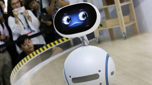 Robot robo advisor