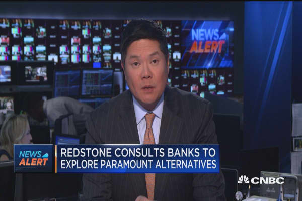 Redstone consults banks to explore Paramount alternatives: Report