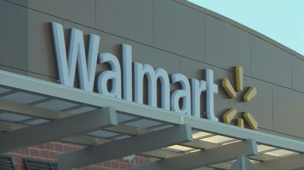 Wal-Mart Canada to stop accepting Visa cards