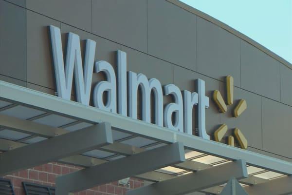 Wal-Mart Canada to stop accepting Visa cards