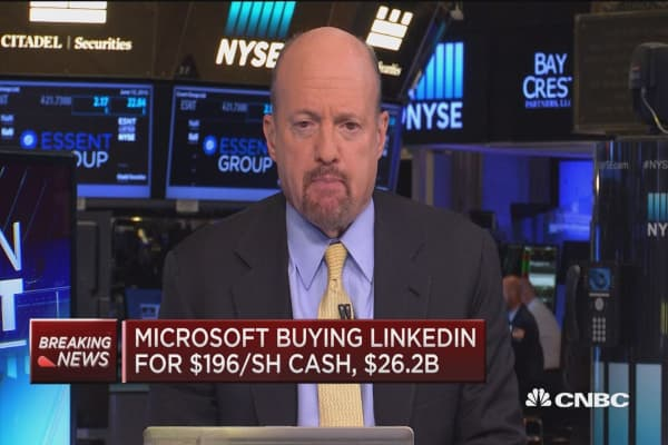 LinkedIn 'jump starts' Microsoft cloud dream: Cramer