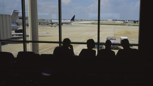 Orlando International Airport, airport travelers