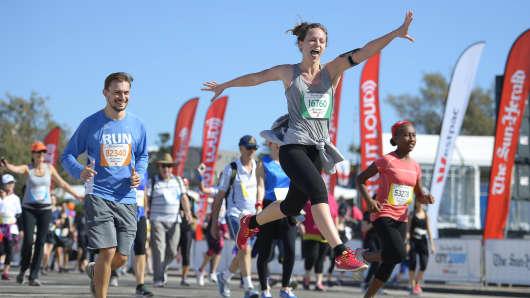 runners winning a race