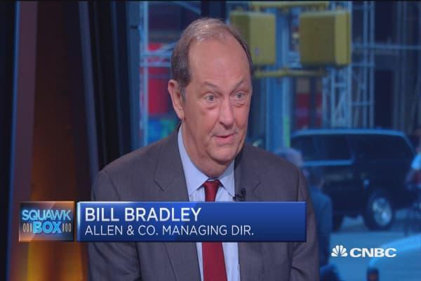 Bill Bradley: Clinton vs Trump is light vs darkness