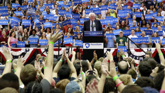 Democratic U.S. presidential candidate Bernie Sanders speaks on the campus of Penn State University in State College, Pennsylvania, U.S., April 19, 2016.