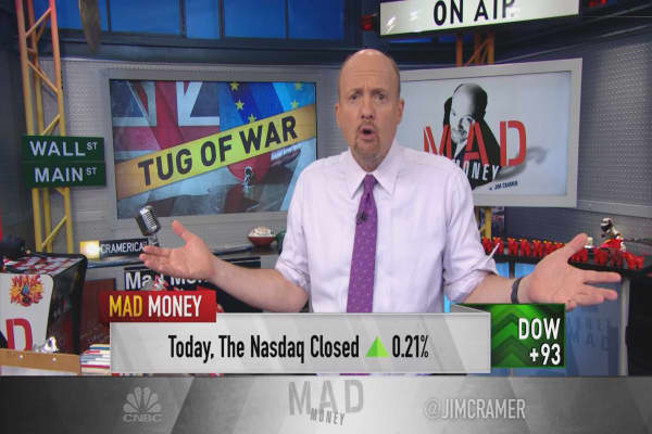 Cramer: Oil just made a scary move—I'm taking the other side of the trade