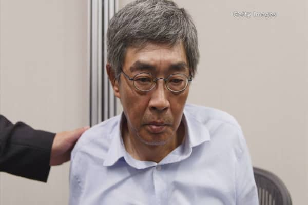 Abducted bookseller speaks out, defying China