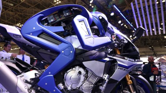 Yamaha's humanoid robot on a motorcycle.