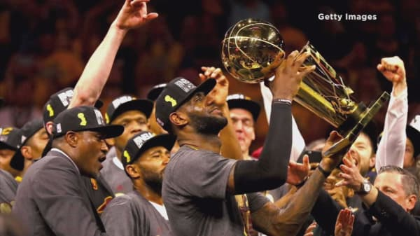 LeBron James leads Cleveland Cavaliers to NBA title