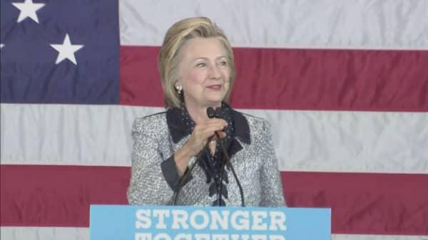 Hillary Clinton's campaign fundraising trumps Trump