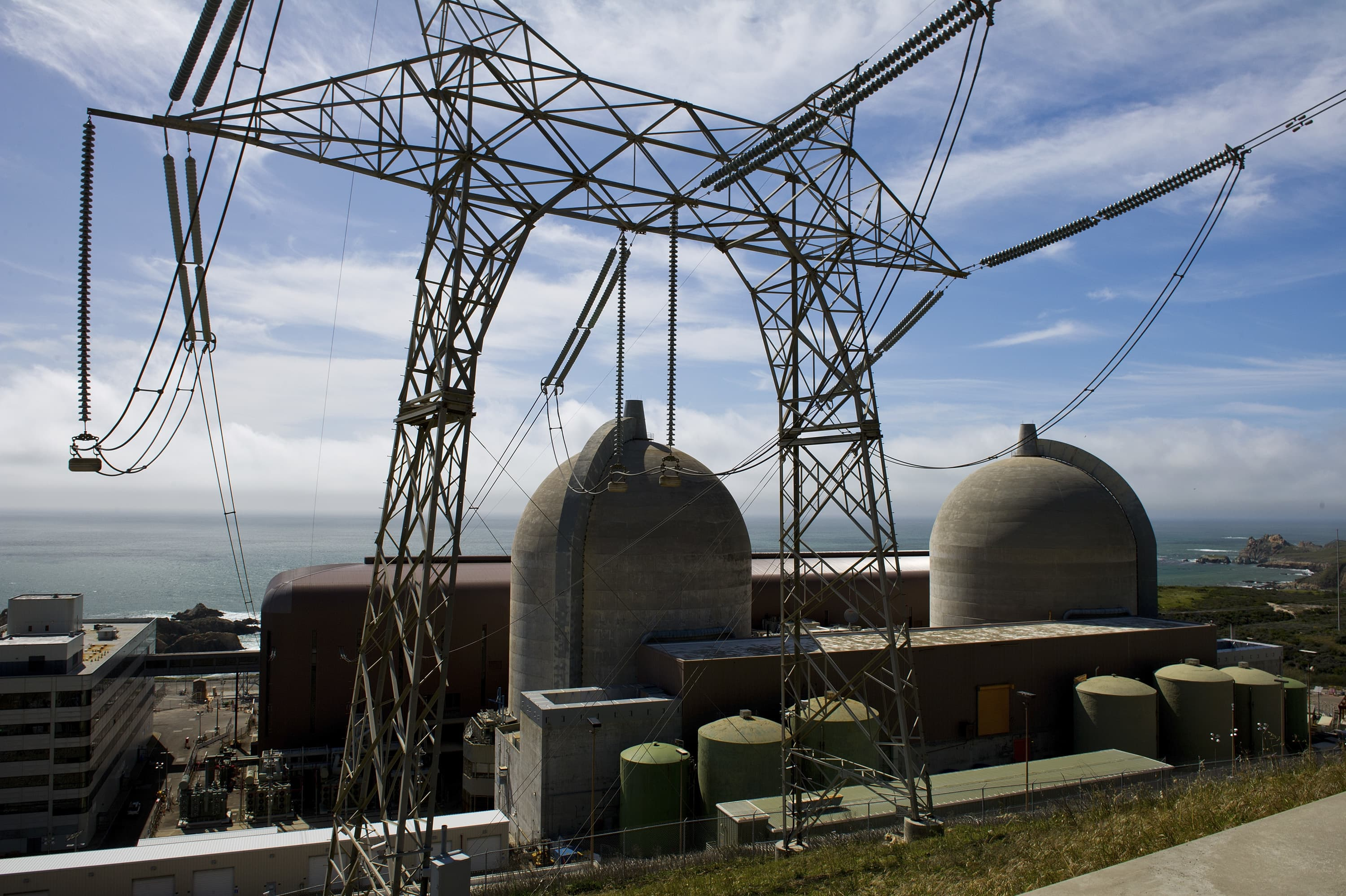 Nuclear power fades in California as energy grid s stressed
