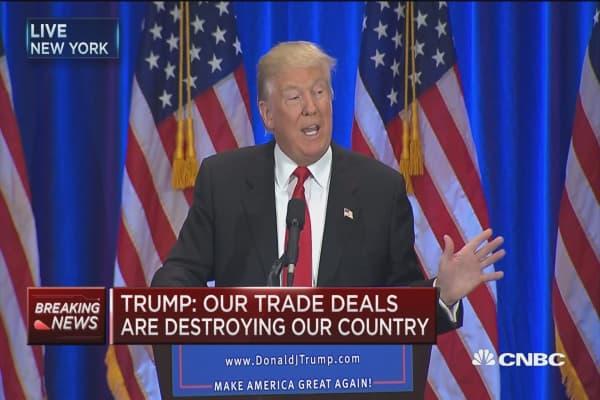 Trump: Clinton is world-class liar
