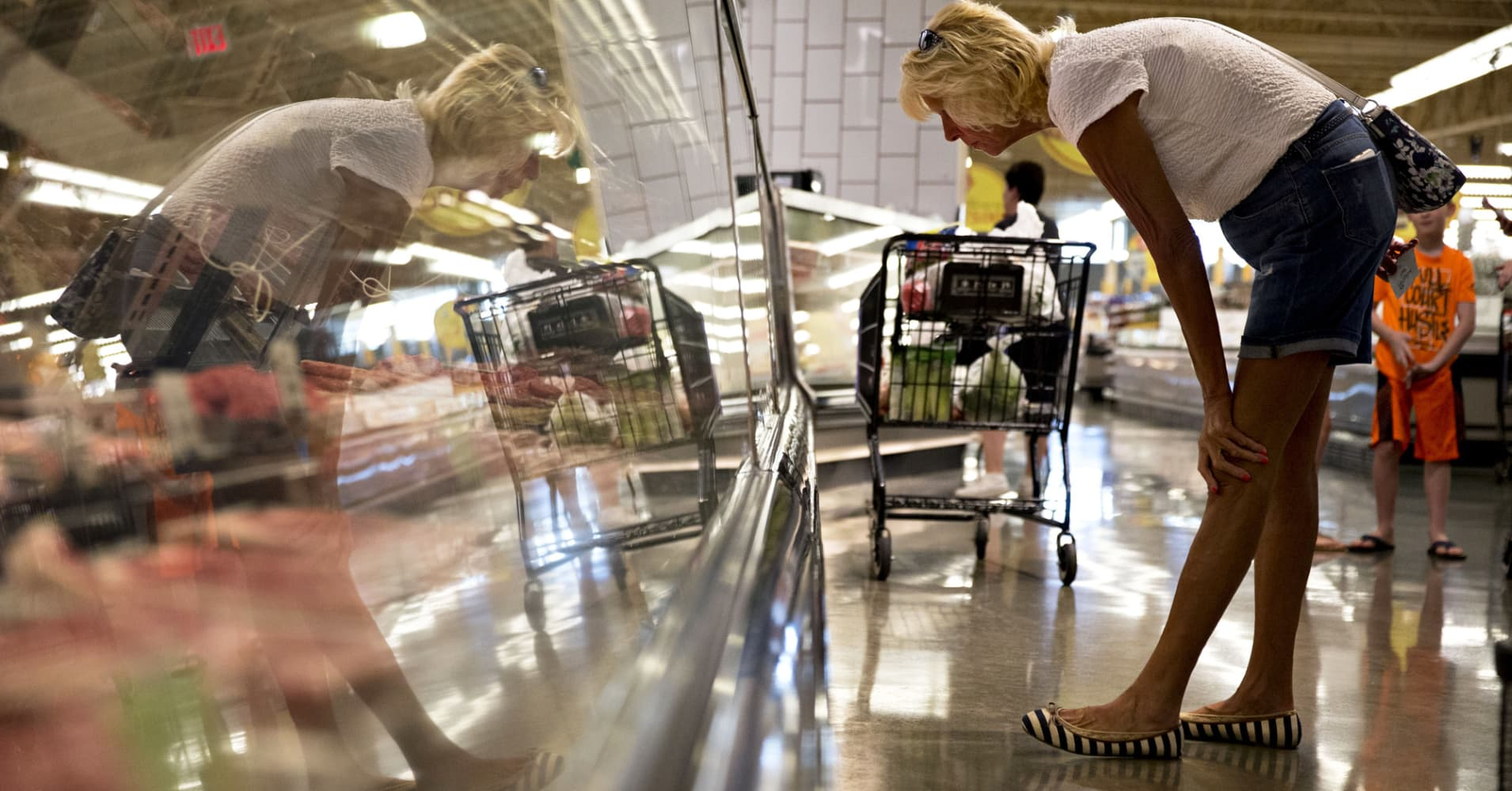 2025: Online Grocery Sales To Surge, Grabbing 20 Percent Of