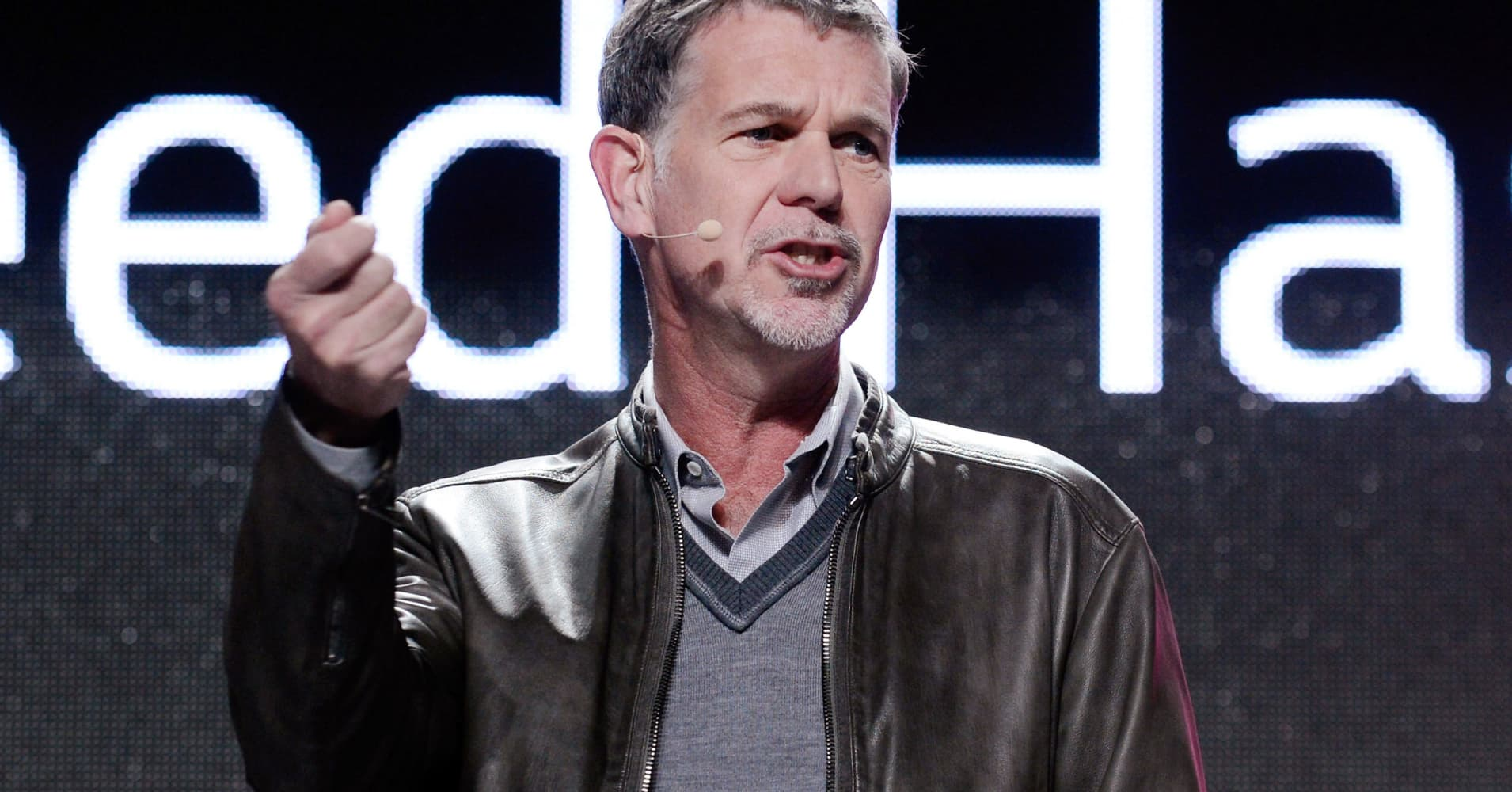 Netflix market cap hits $100 billion for first time after adding more subscribers than expected (cnbc.com)