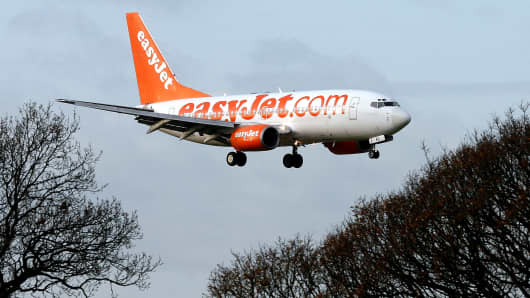 An EasyJet aircraft approaches the runway to land at Luton airport near Luton, U.K.