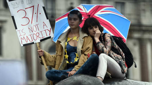 Demonstrators take part in a protest aimed at showing London's solidarity with the European Union following the recent EU referendum, inTrafalgar Square, central London, Britain June 28, 2016.